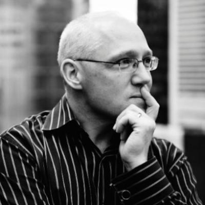 Ian Cook, Visier