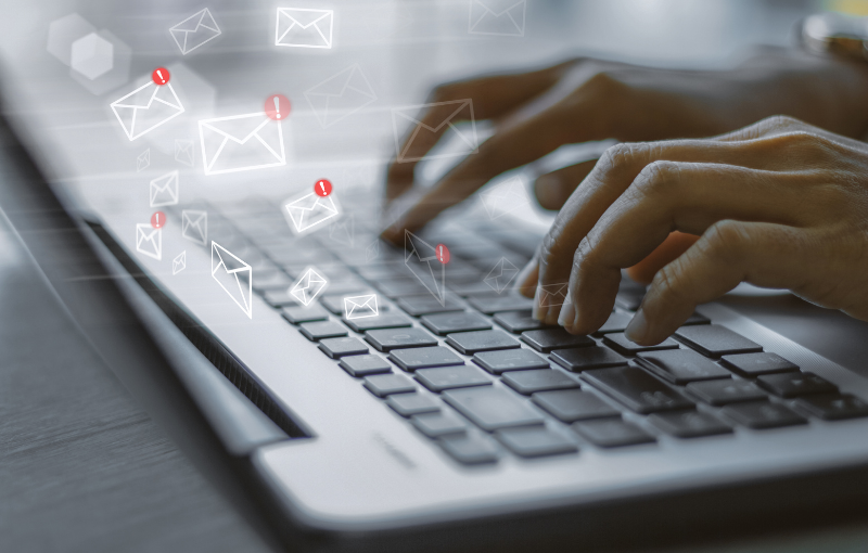 10 Tips for Effective Recruiting Emails